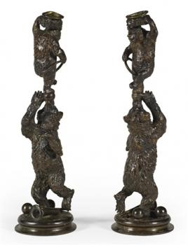 christophe-fratin-pair-of-flambeaux,-ours-acrobates-(large-candelabra-with-acrobatic-bears).jpg